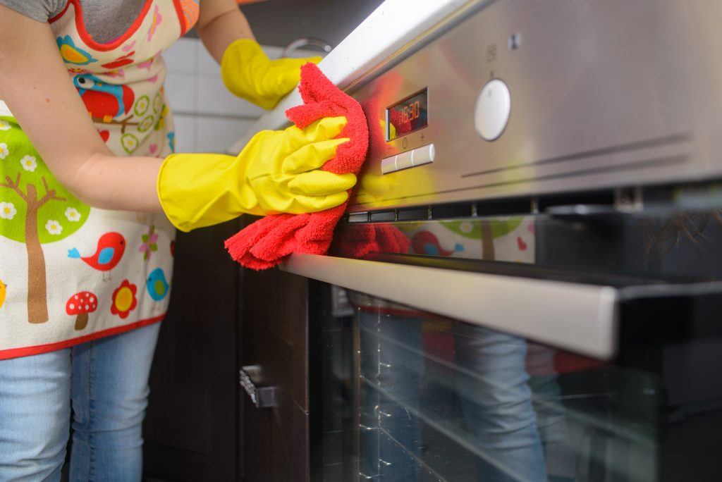how to self clean your oven